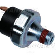 Standard Motor Products PS-135 Engine Oil Pressure Switch